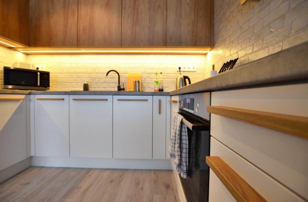Kuchynska Linka Drevo Multifukčná Miestnosť Bratislava (10)